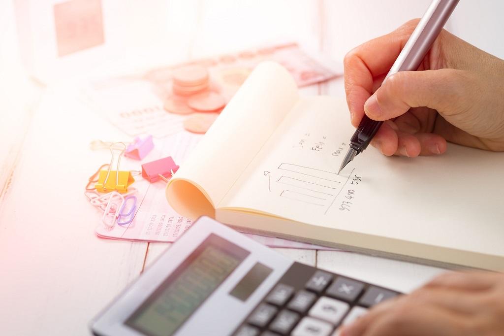 Jak sporządzić sprawozdania finansowe dla firmy?